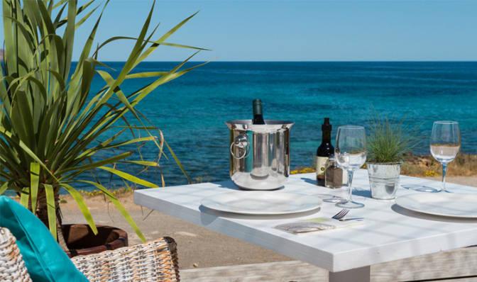Ibiza (Restaurants) Es Restaurant Cala Nova