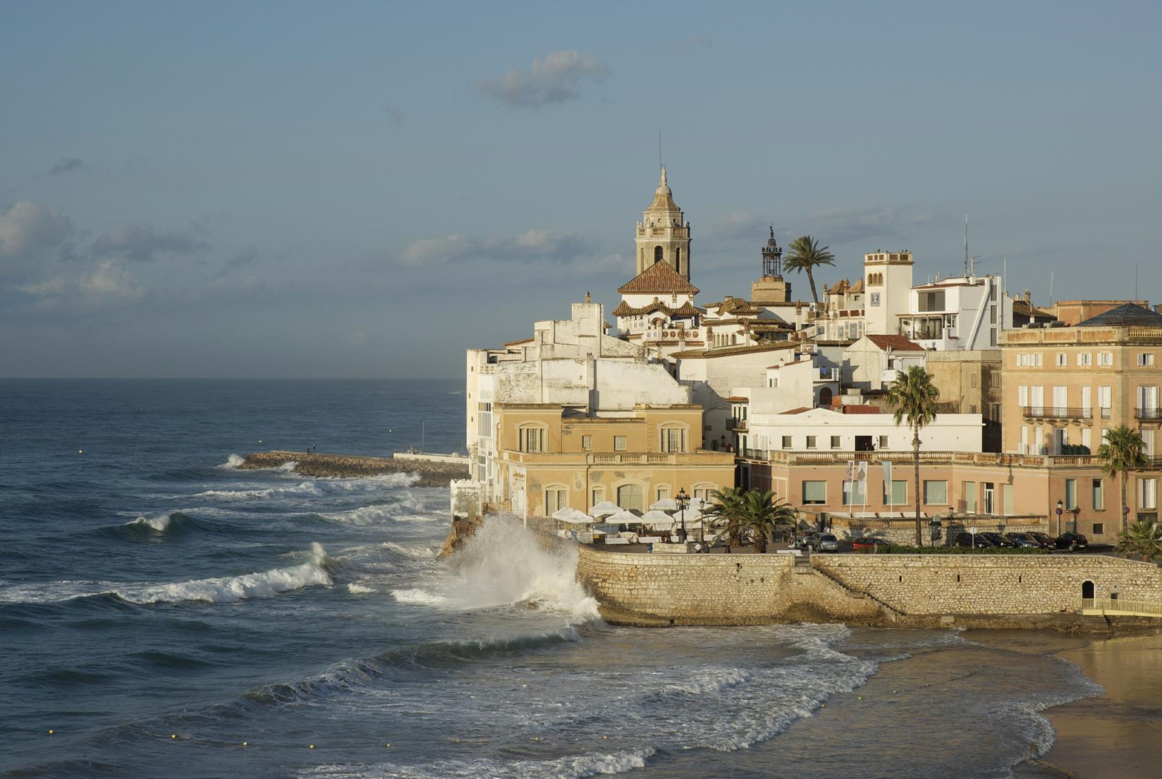 Destinationspain a guide to sitges lfstyle - Fotos de sitges barcelona ...