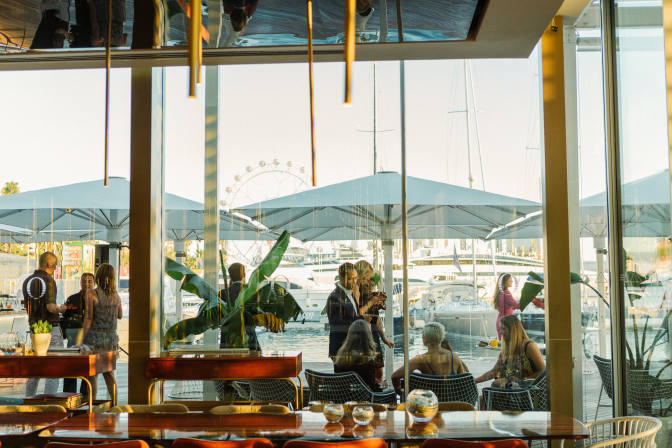 Barcelona s best beachfront bars and restaurants lfstyle for Oneocean club barcelona